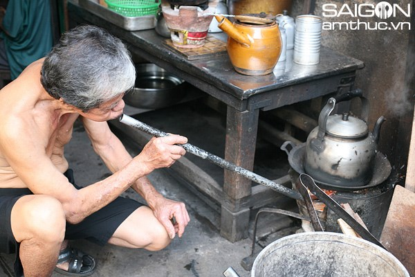 Coffee filtered by a net in Saigon's Chinatown alley
